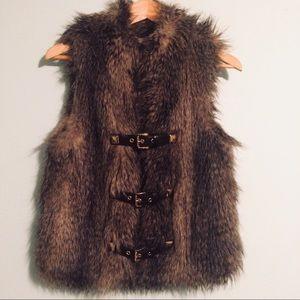 Faux Fur Vest w Buckles & Pockets sz M by M Kors